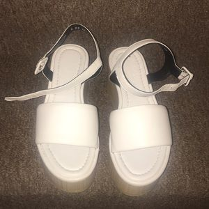🇫🇷 NWT Robert Clergerie Platform Sandals